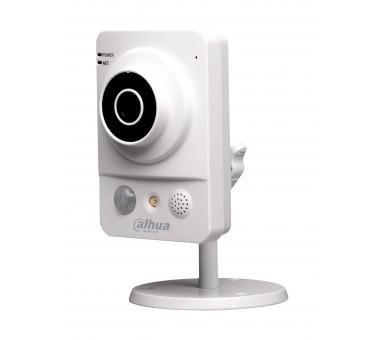 Камера Dahua DH-IPC-KW100P