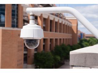 Образовательные учреждения во всем мире приспосабливают свои системы видеонаблюдения для борьбы с заражением COVID-19